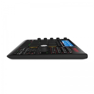 akai-mpc-studio-black-4-800x800